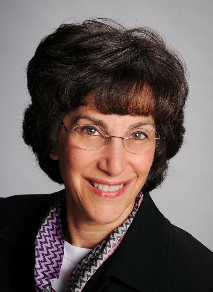 Susan Stephens, NYS LICENSED ASSOCIATE REAL ESTATE BROKER - # 30ST1135853 in  Vestal , Warren Real Estate