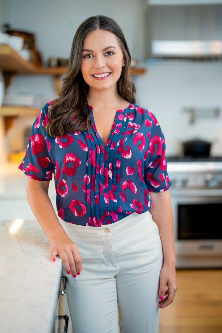 Danielle Fox, Sales Associate in Narragansett, Mott & Chace Sotheby's International Realty