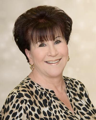 Roxanne Chanos, Realtor® in Danville, Sereno Group