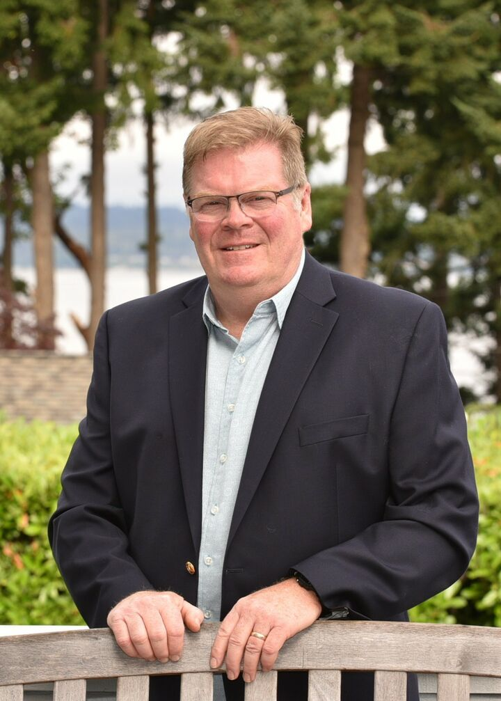 Greg Taylor,  in Edmonds, Windermere