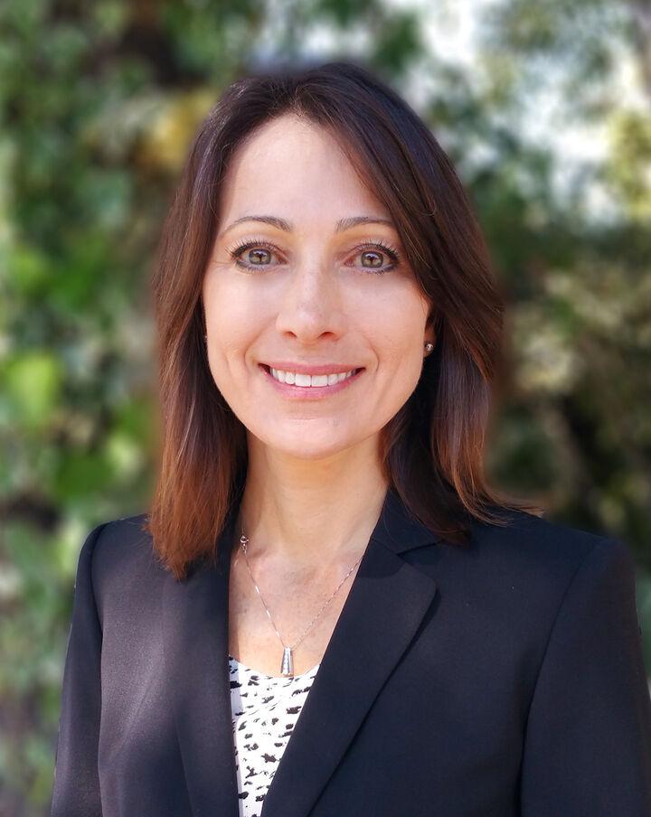 Cindy Mueller,  in Los Gatos, Sereno