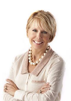 Diana Cicciarelli, BROKER | REALTOR® in Peoria, Jim Maloof Realtor