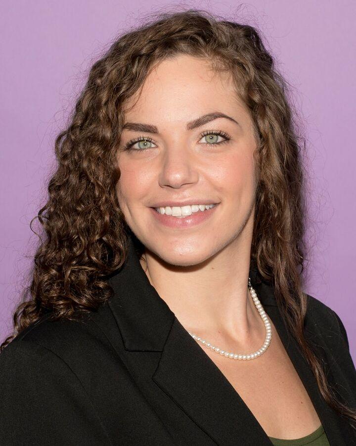 Elizabeth Lucia, NYS LICENSED REAL ESTATE SALESPERSON - #10401295829 in Binghamton, Warren Real Estate