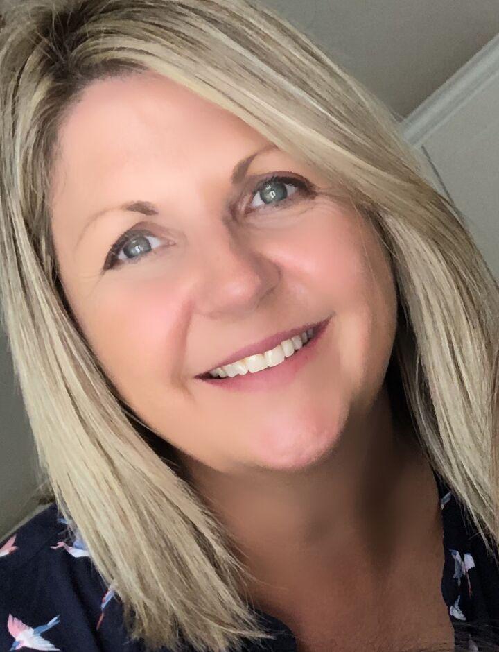 Suzanne Keoghan, REALTOR® in Del Mar, Windermere