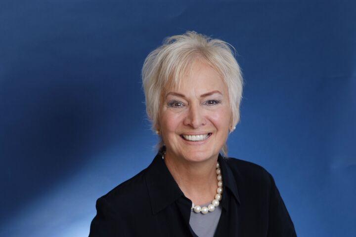 Lois Pallone, REALTOR® in Escondido, Windermere